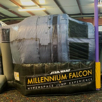 millennium-falcon-bounce-house-1