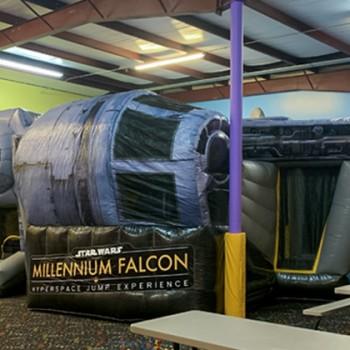 millennium-falcon-bounce-house-2